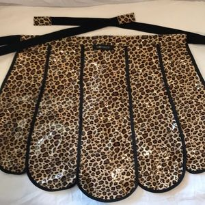 GLOVEABLES Apron vintage inspired retro